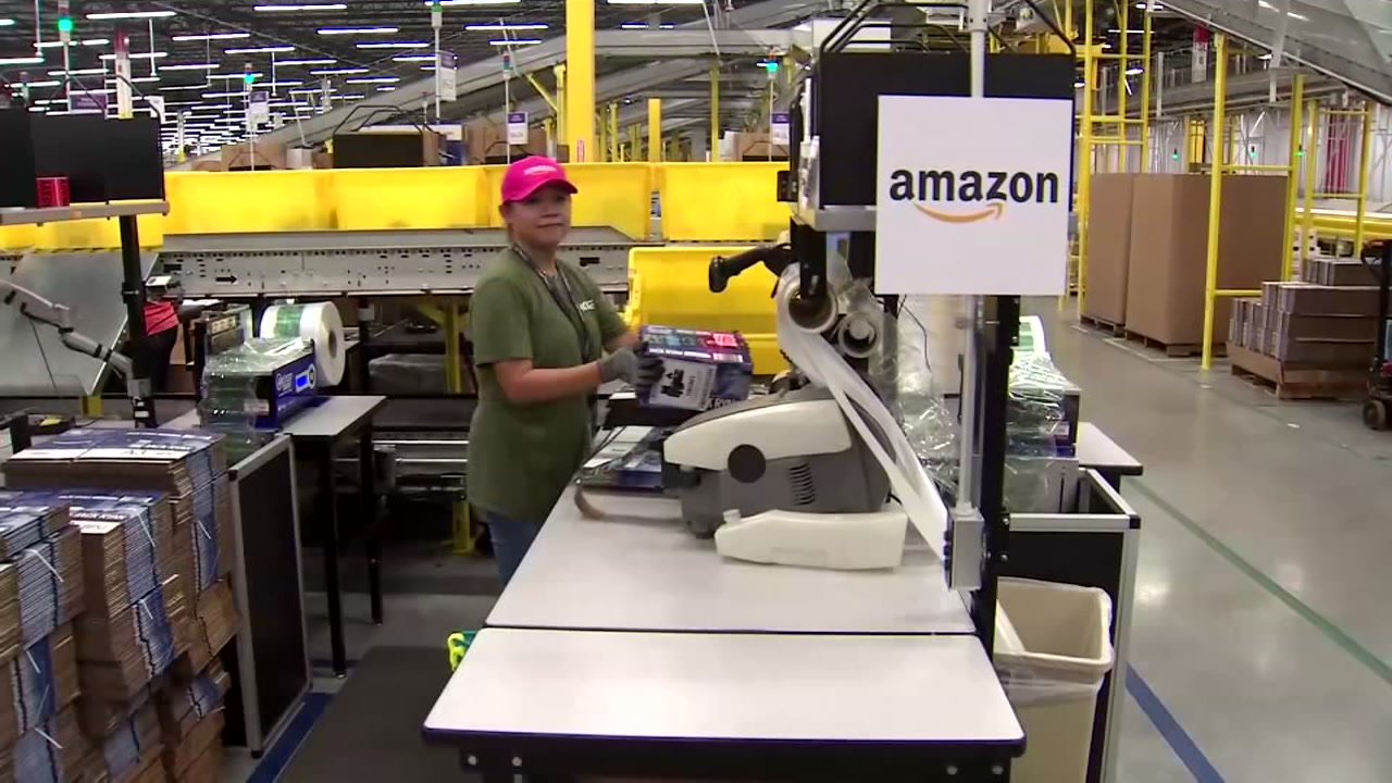 Amazons new high-tech fulfillment center is officially open.