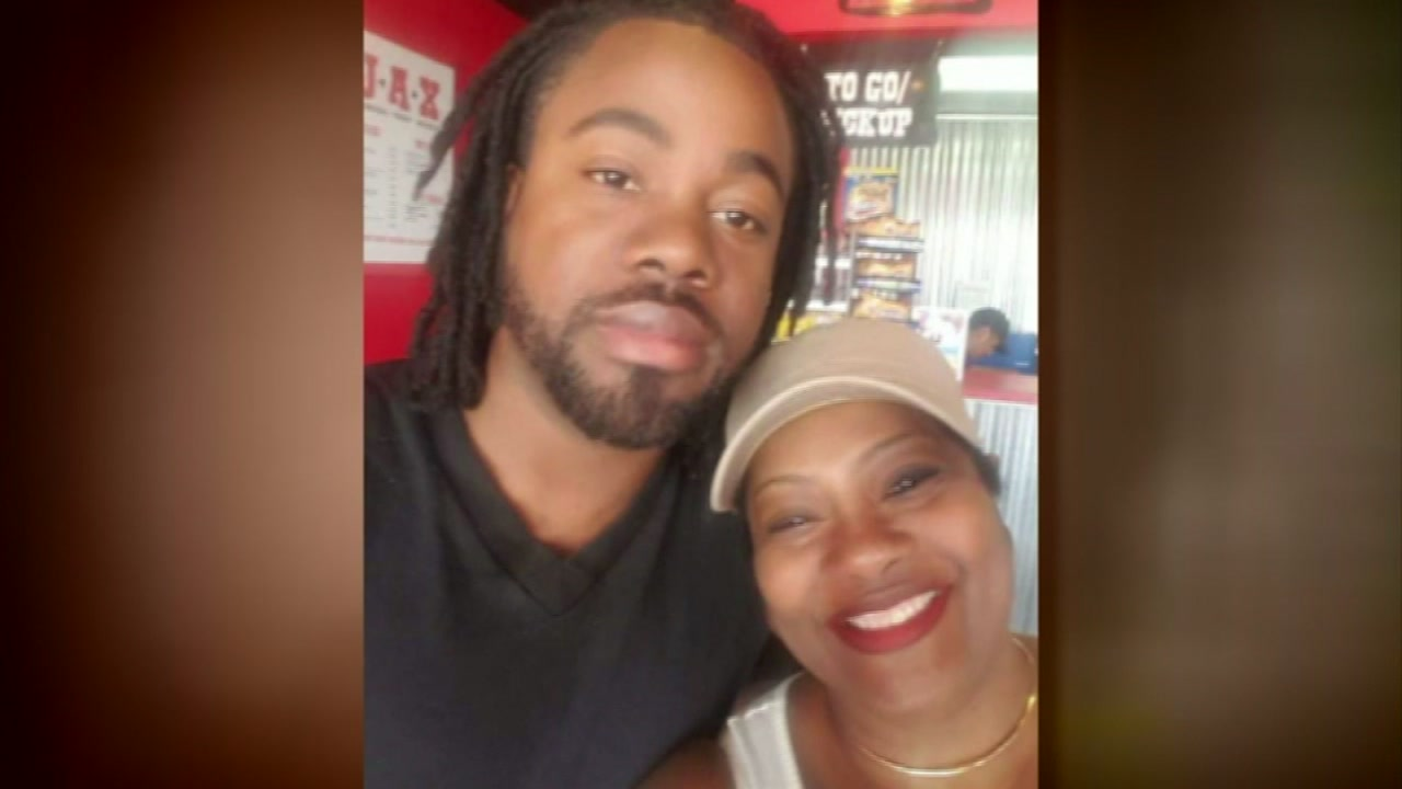 On what would have been his 27th birthday, Brandon Thomas mother threw a celebration of his life.