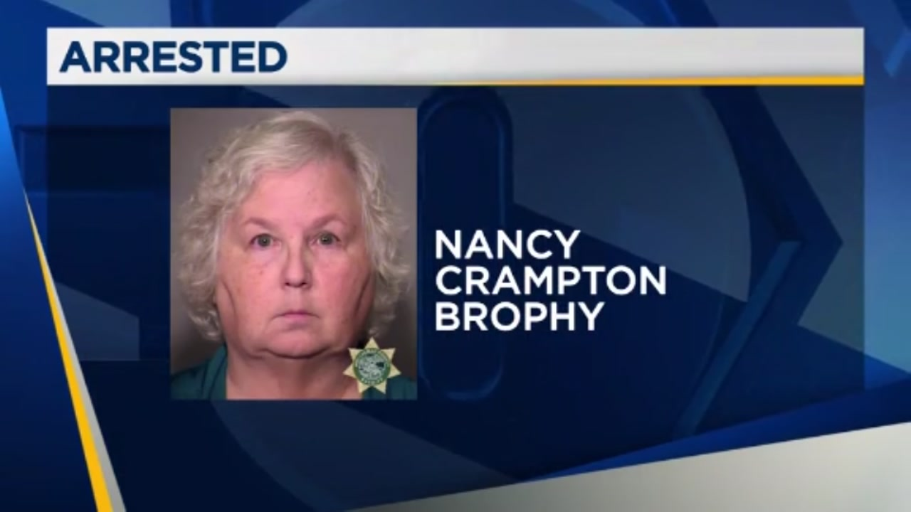 Romance novelist charged with her husbands murder