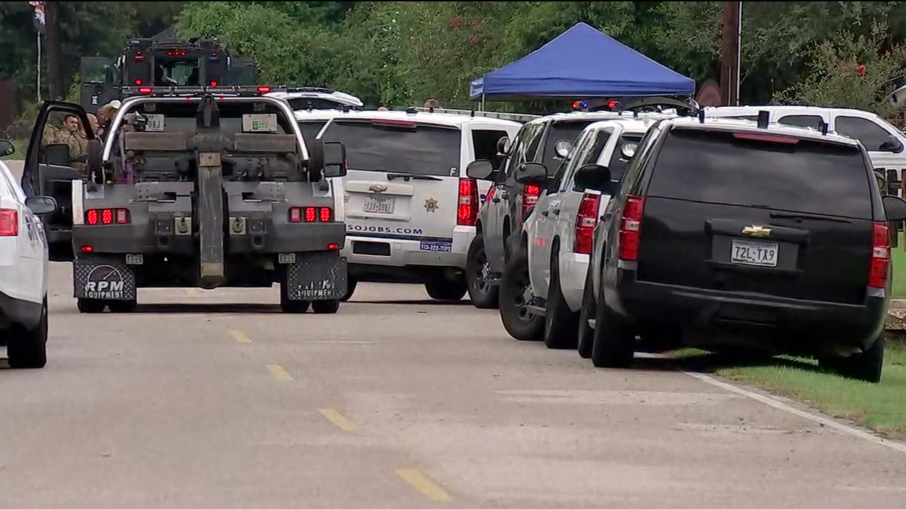 Man shot while trying to rig Tomball home with booby traps