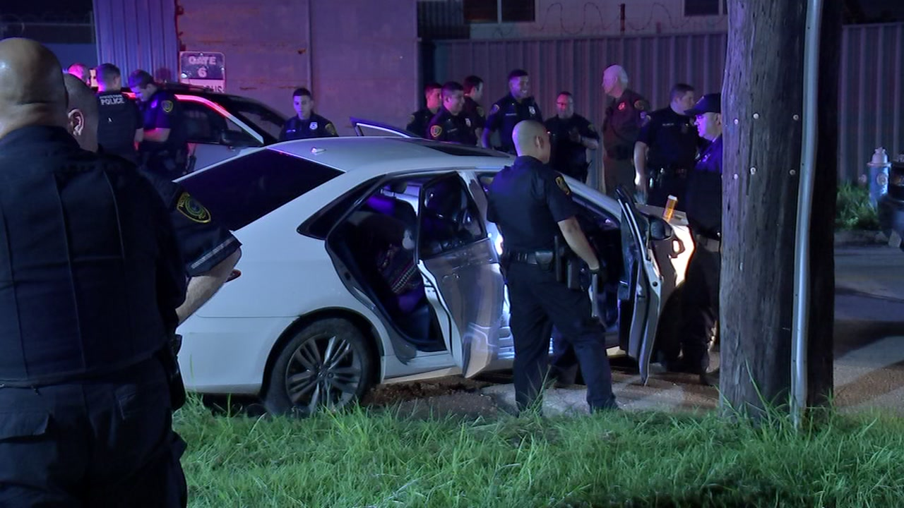 Police say the suspect rammed at least 2 Houston police vehicles during the 30 minute chase.