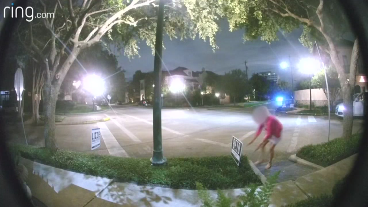 ABC13s Charly Edsitty reports on video apparently showing a well-dressed woman tampering with a Beto ORourke sign and the response from Ted Cruzs camp.