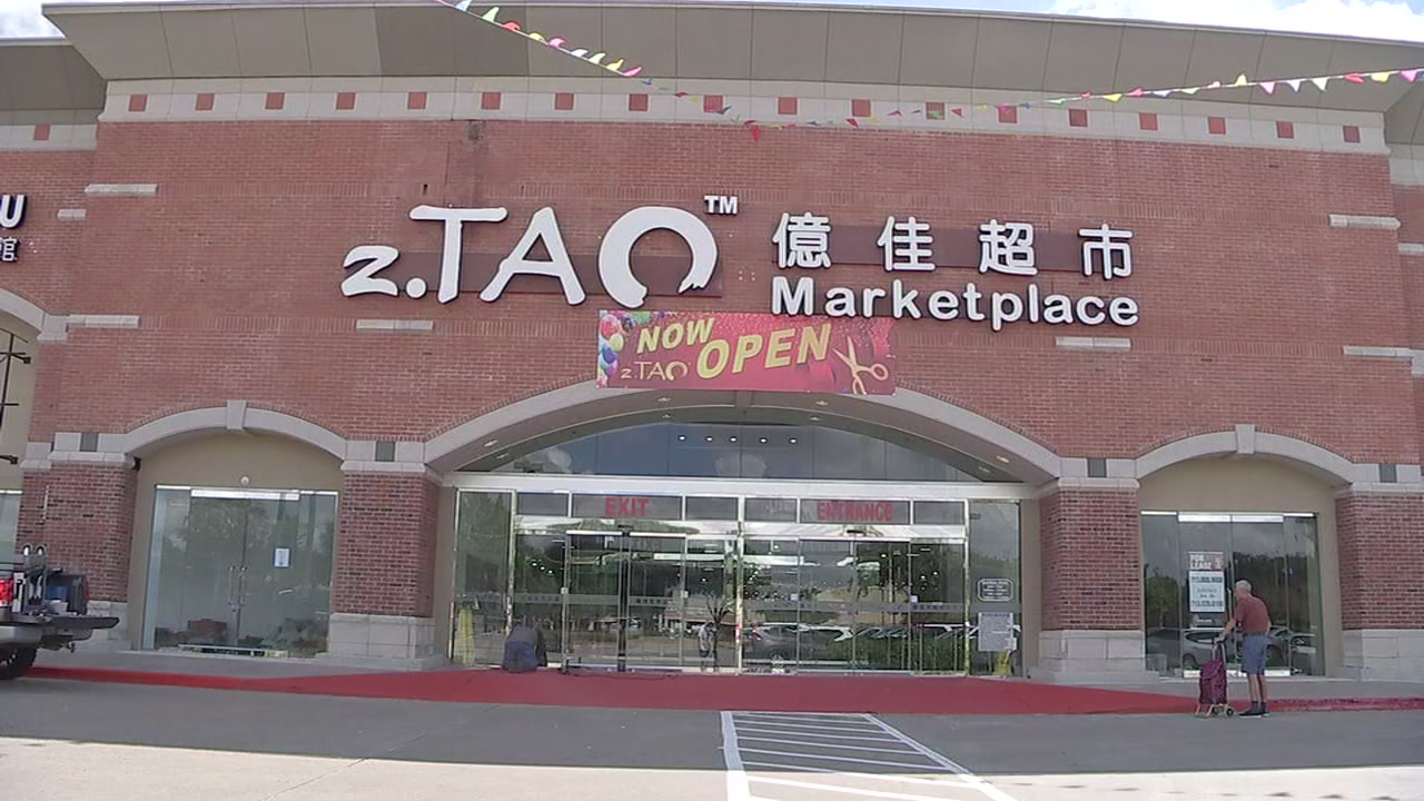 Japanese discount store opens in Katy.
