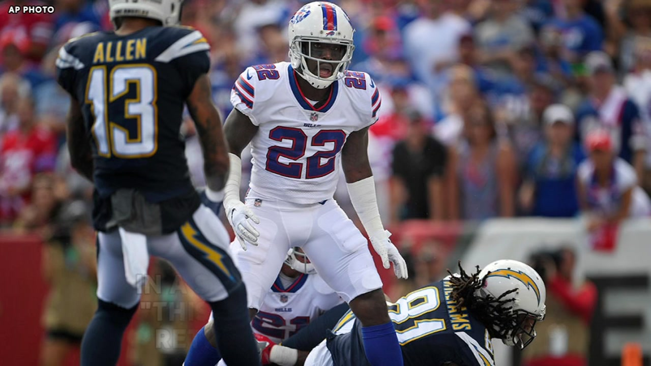 Vontae Davis retires from NFL mid-game