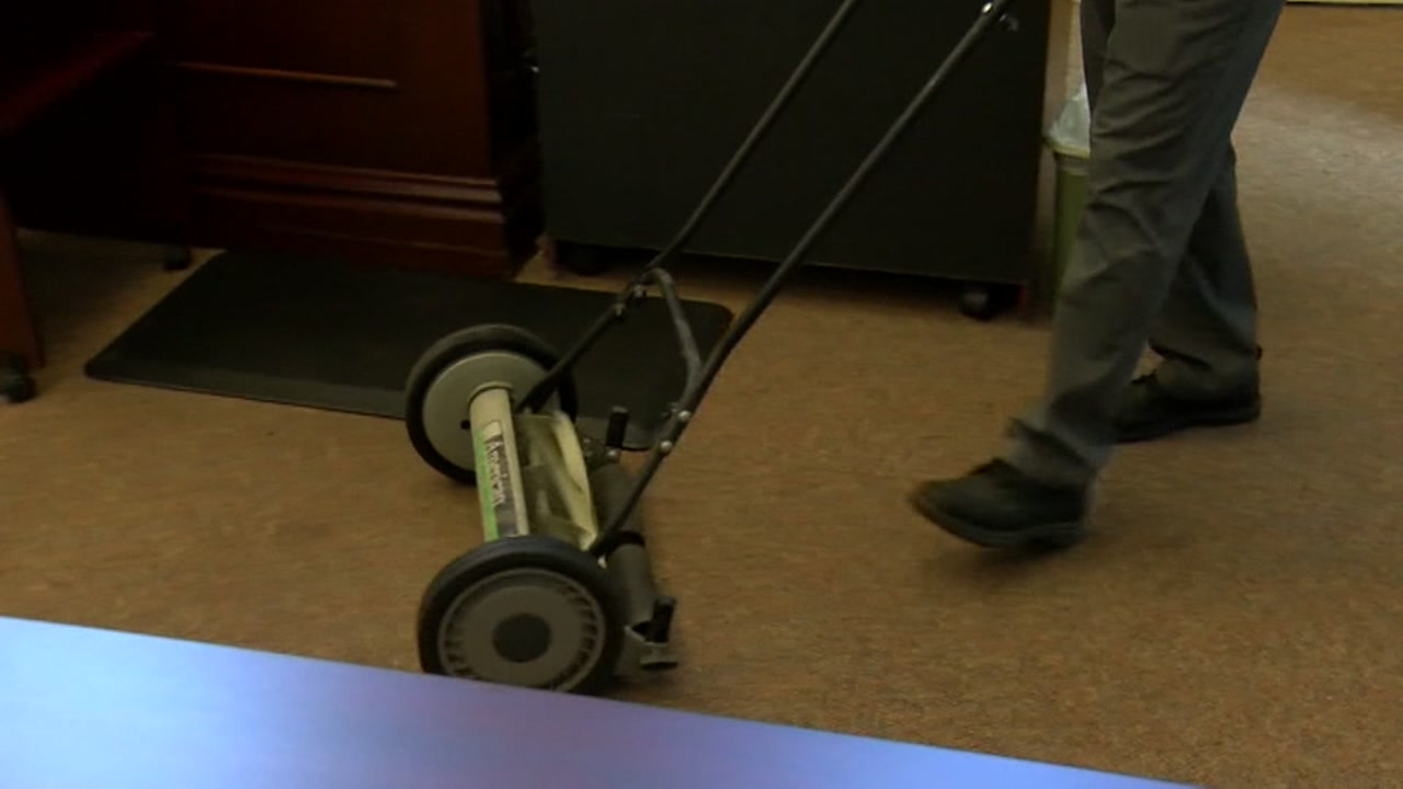 Teen sentenced to mow after leaving obscene message