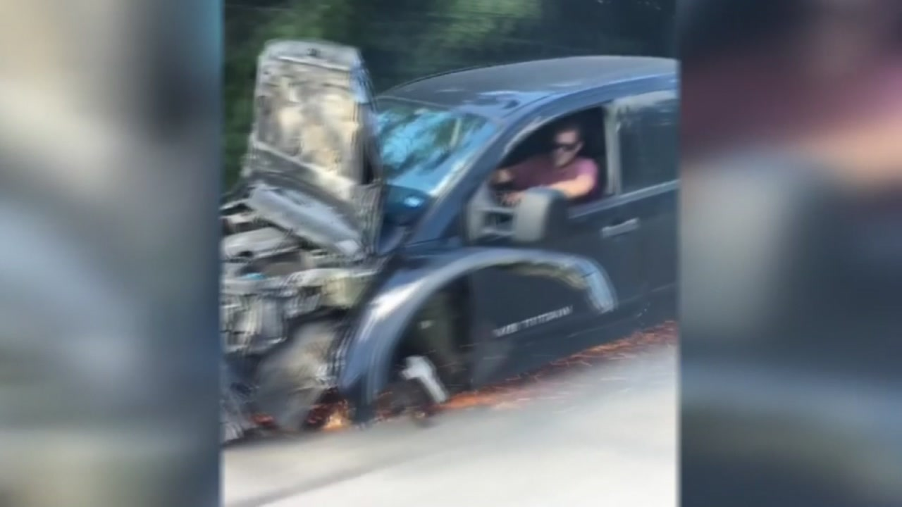 ABC13s Charly Edsitty speaks with the shocked motorists who saw a mangled truck travel down the road.