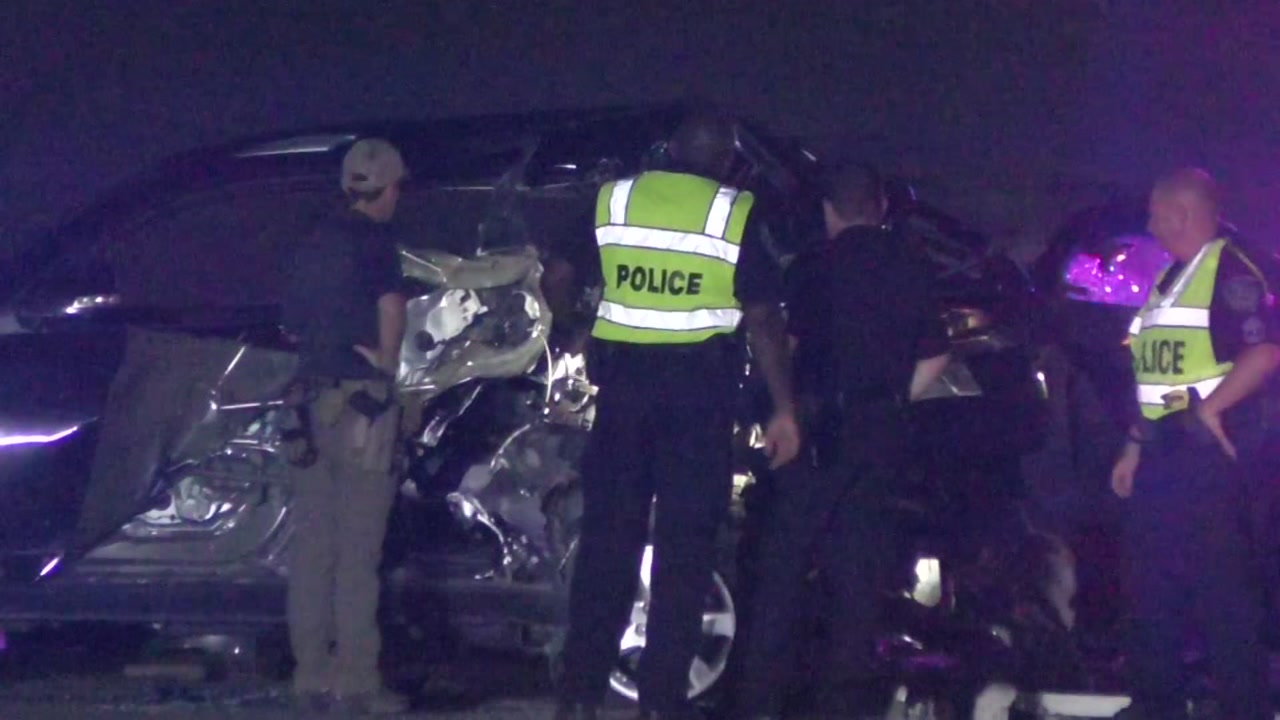 1 driver ejected and killed after 2 car crash in League City