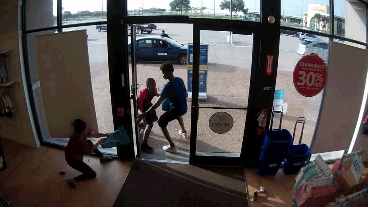 Robbers caught on camera hitting childrens store in Webster