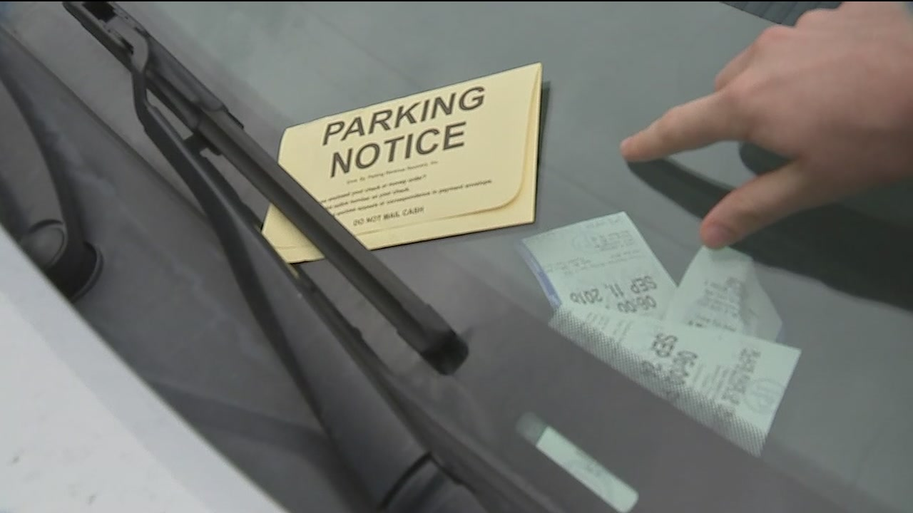 Man says he was duped by fake parking attendant