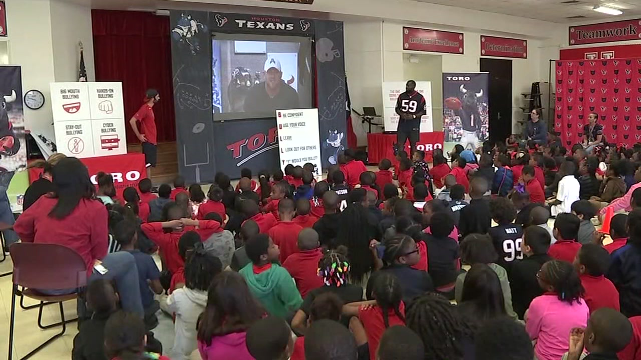 Texans mascot Toro and LB Whitney Mercilus take the bull out of bullying with some special help.