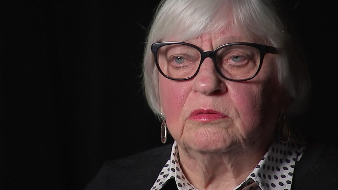 ABC13s Christine Dobbyn speaks exclusively with Bertie Simmons after her settlement with HISD.