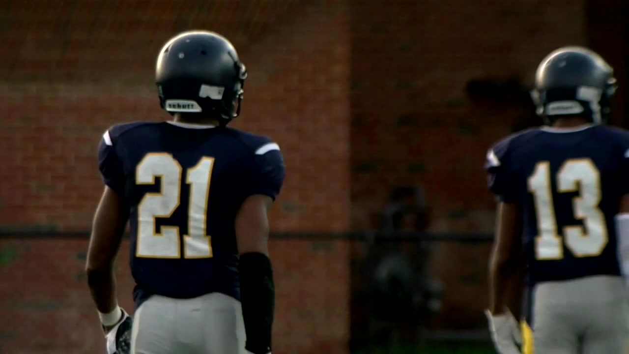 Jamal Speaks has returned to his football team after being kicked off due to a housing issue.