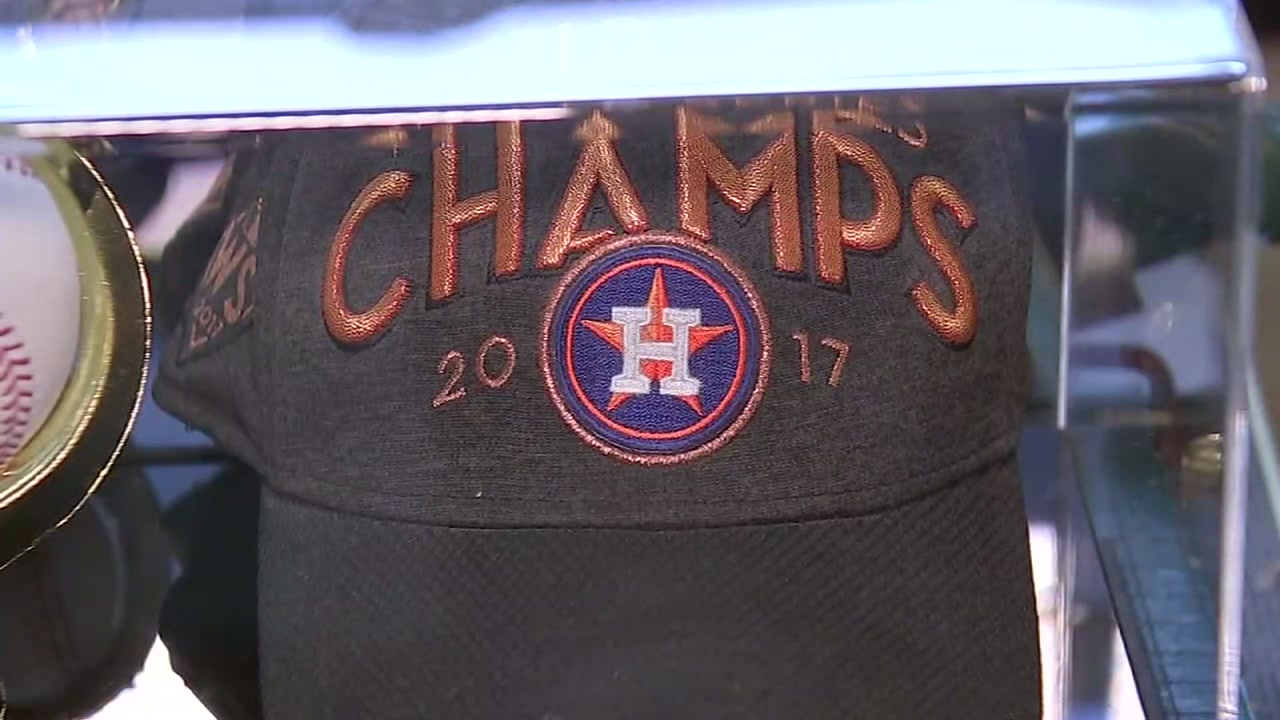 When it comes to Astros postseason gear -- what should you wear? 2017 or 2018?