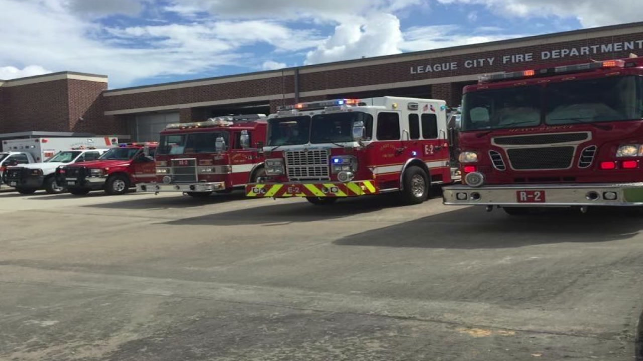 League City Fire Department looking for recruits to be volunteer firefighters.