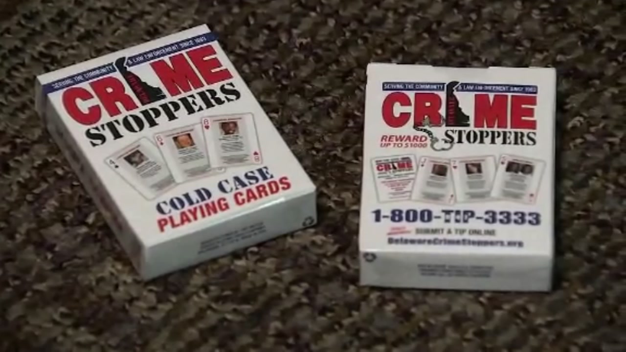 Delaware inmates are using playing cards with cold case victims to help law enforcement find new leads.
