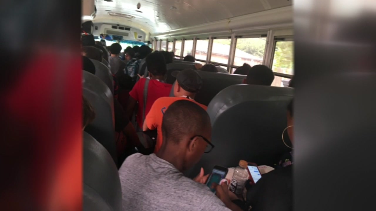 Parents upset about bus problems take their fight to HISD