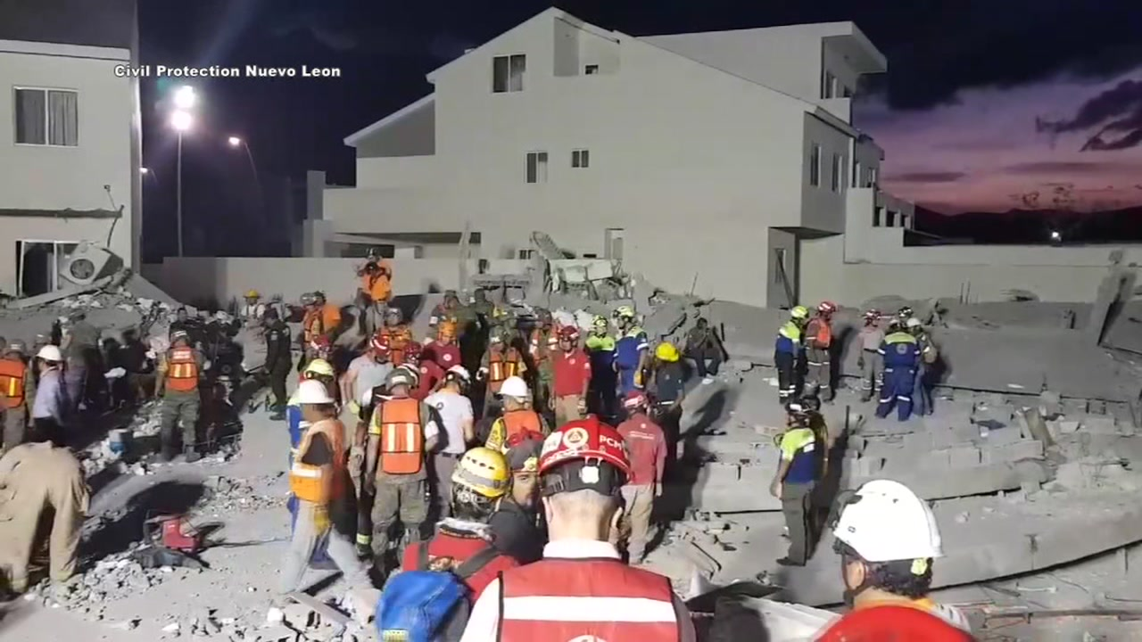 A shopping mall under construction in the Mexican city of Monterrey collapsed Thursday, killing at least seven people and leaving another nine missing, officials said.