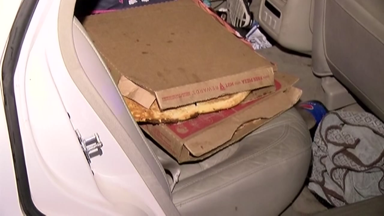 Pizza delivery delivers were robbed at gunpoint