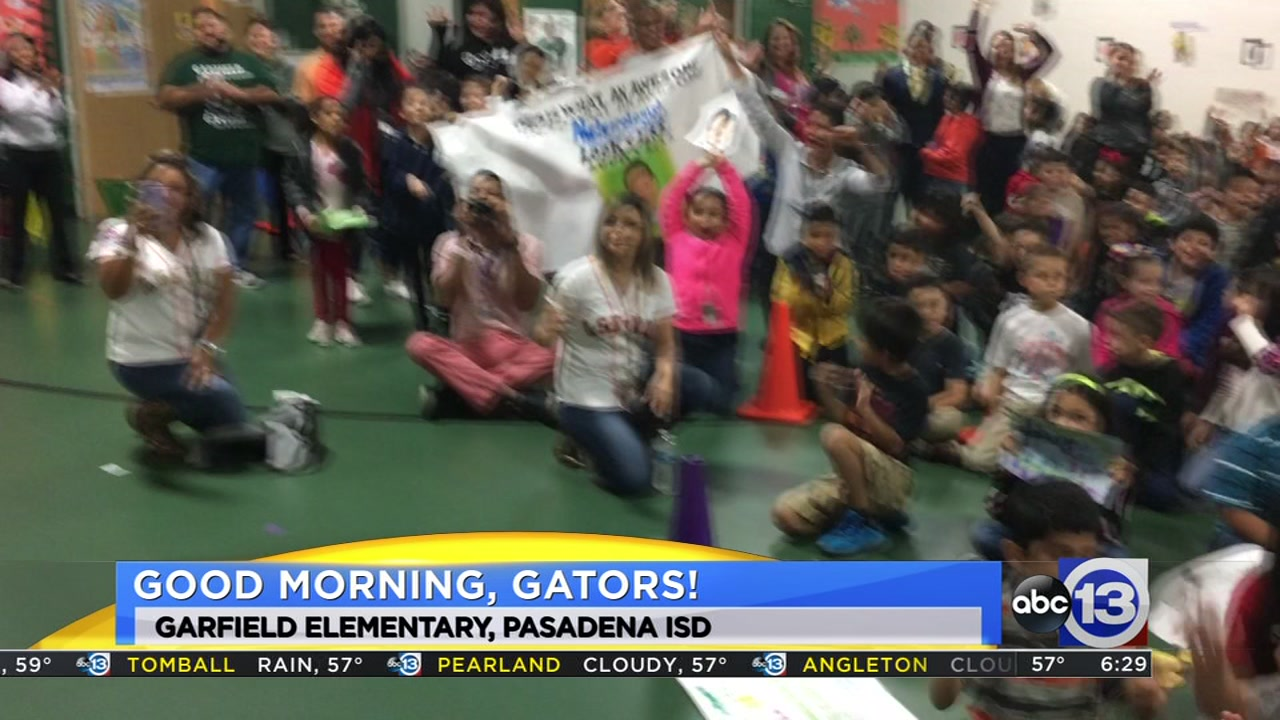Meteorologist Travis Herzog visits the Garfield Gators of Pasadena ISD