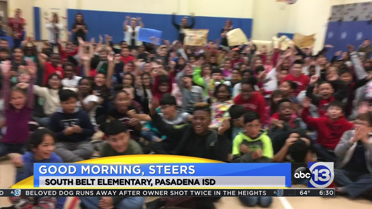 Meteorologist Travis Herzog visits the South Belt Steers in Pasadena ISD
