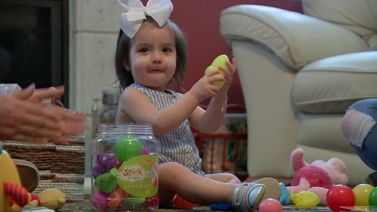 Houston toddler who nearly died after getting sick in Mexico makes major progress