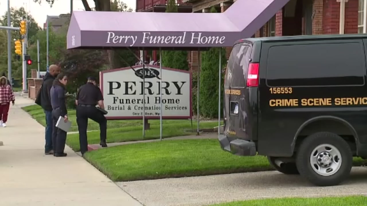 Detroit Police remove 63 infant remains from Perry Funeral Home in Detroit