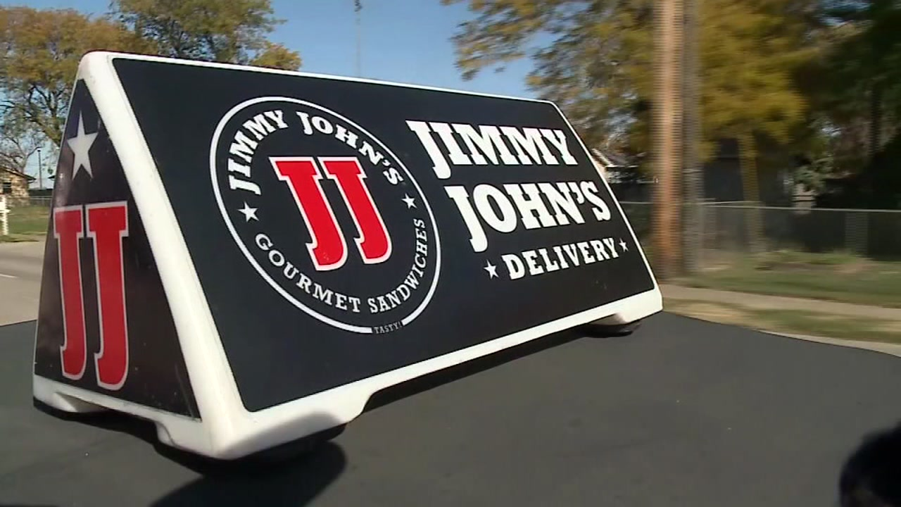 Jimmy Johns driver helps vet in pain and takes him to hospital