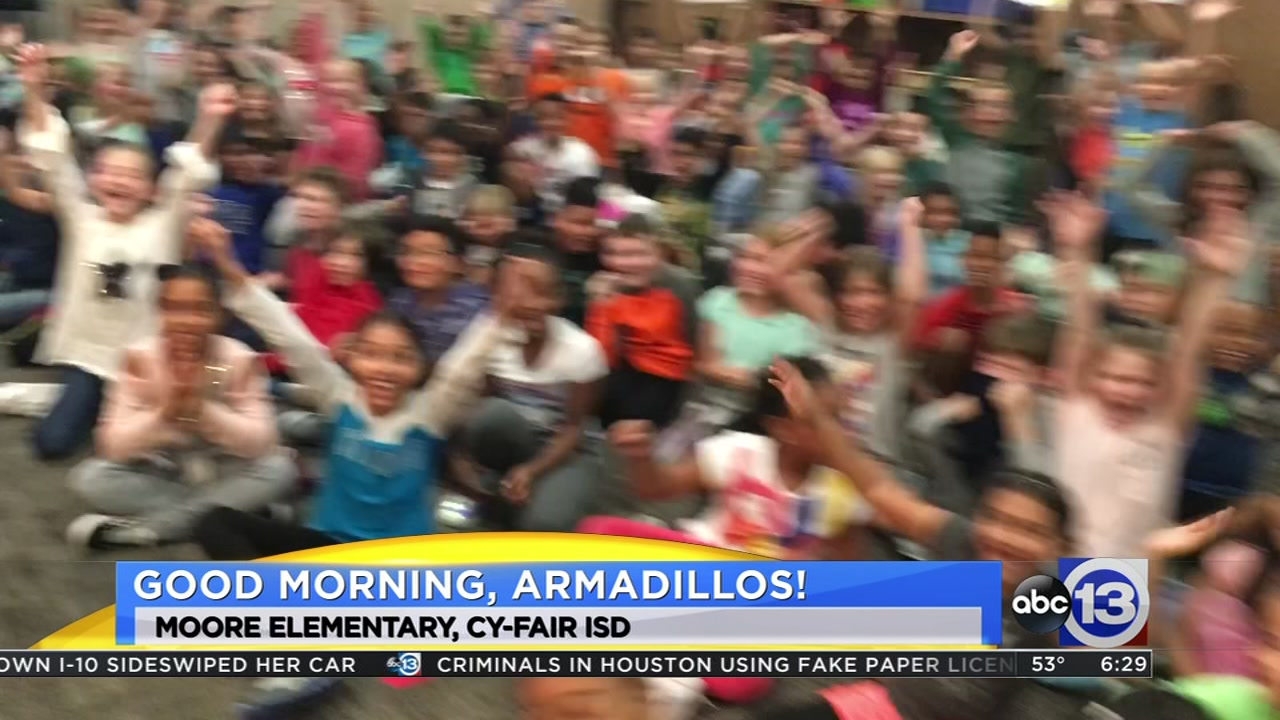 Meteorologist Travis Herzog visits the Moore Armadillos of Cypress-Fairbanks ISD