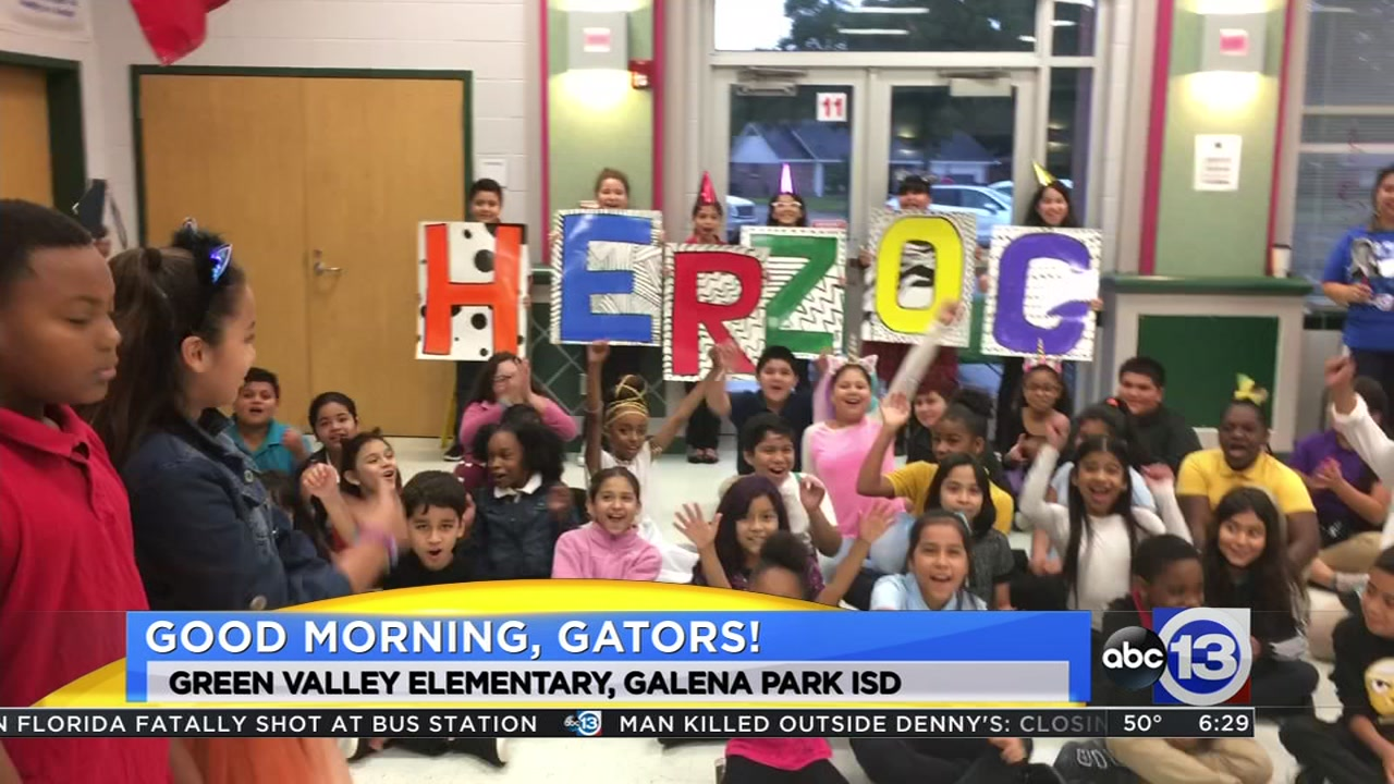 Meteorologist Travis Herzog visits the Green Valley Gators of Galena Park ISD