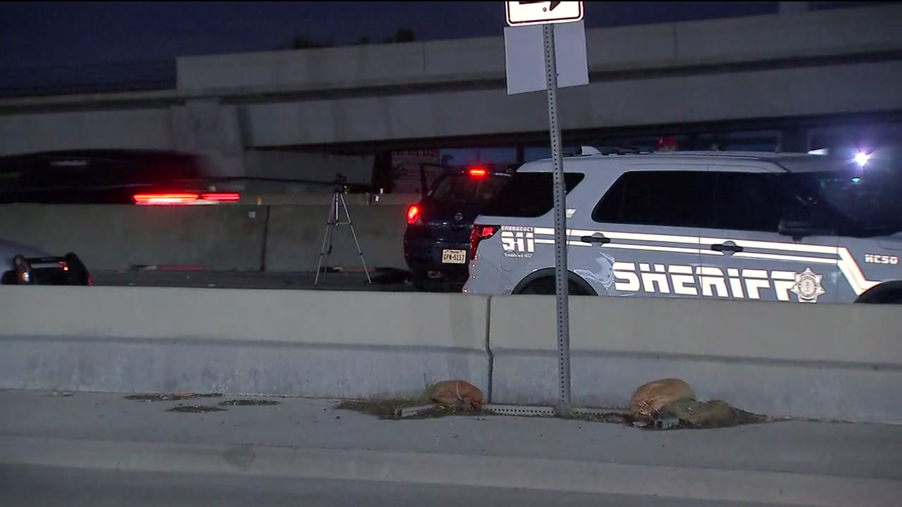 1 person dead after driver slams into barricades on US-290