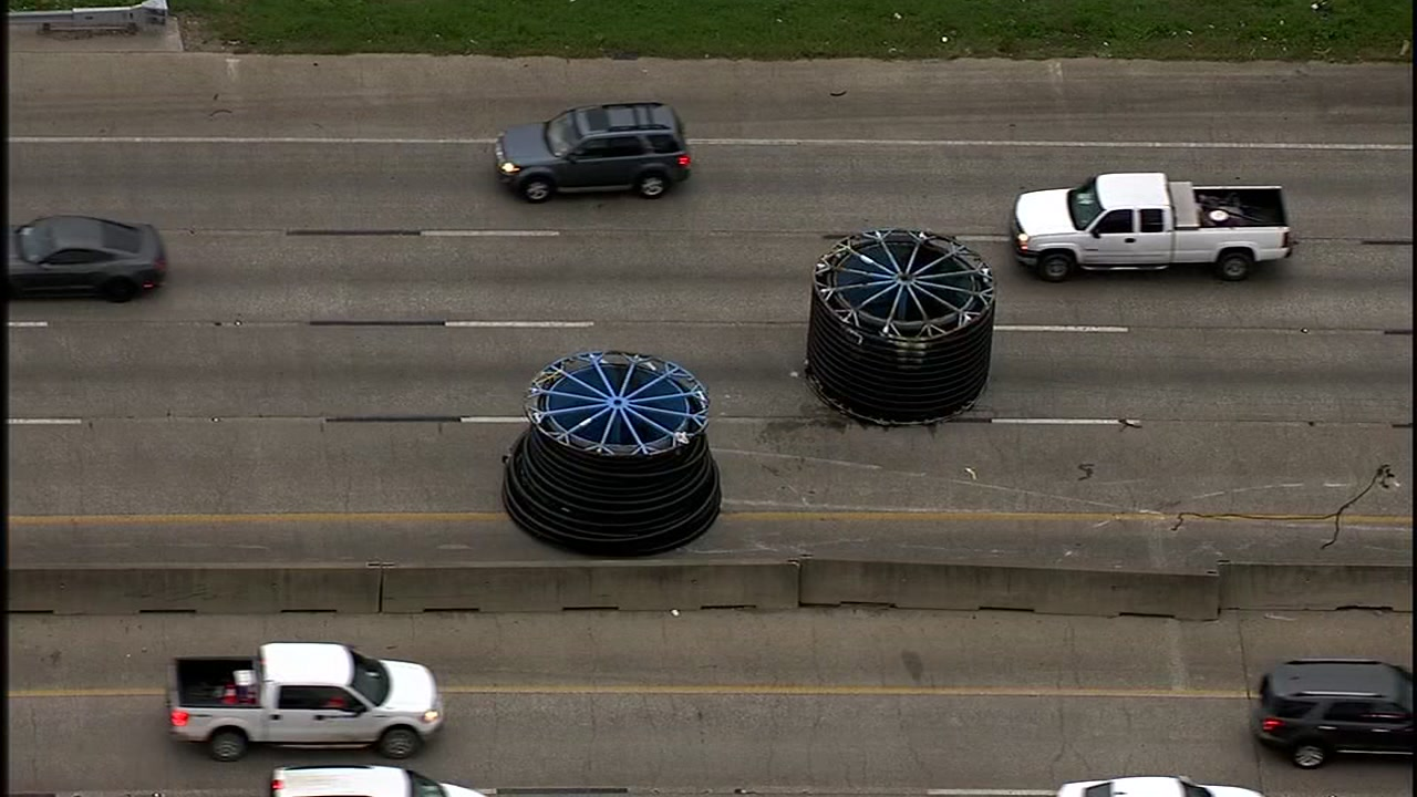 DOUBLE TROUBLE: Two big spools are causing a lot of problems on the East Freeway.