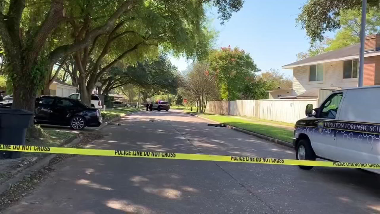 Man shot to death in drive-by shooting in southwest Houston