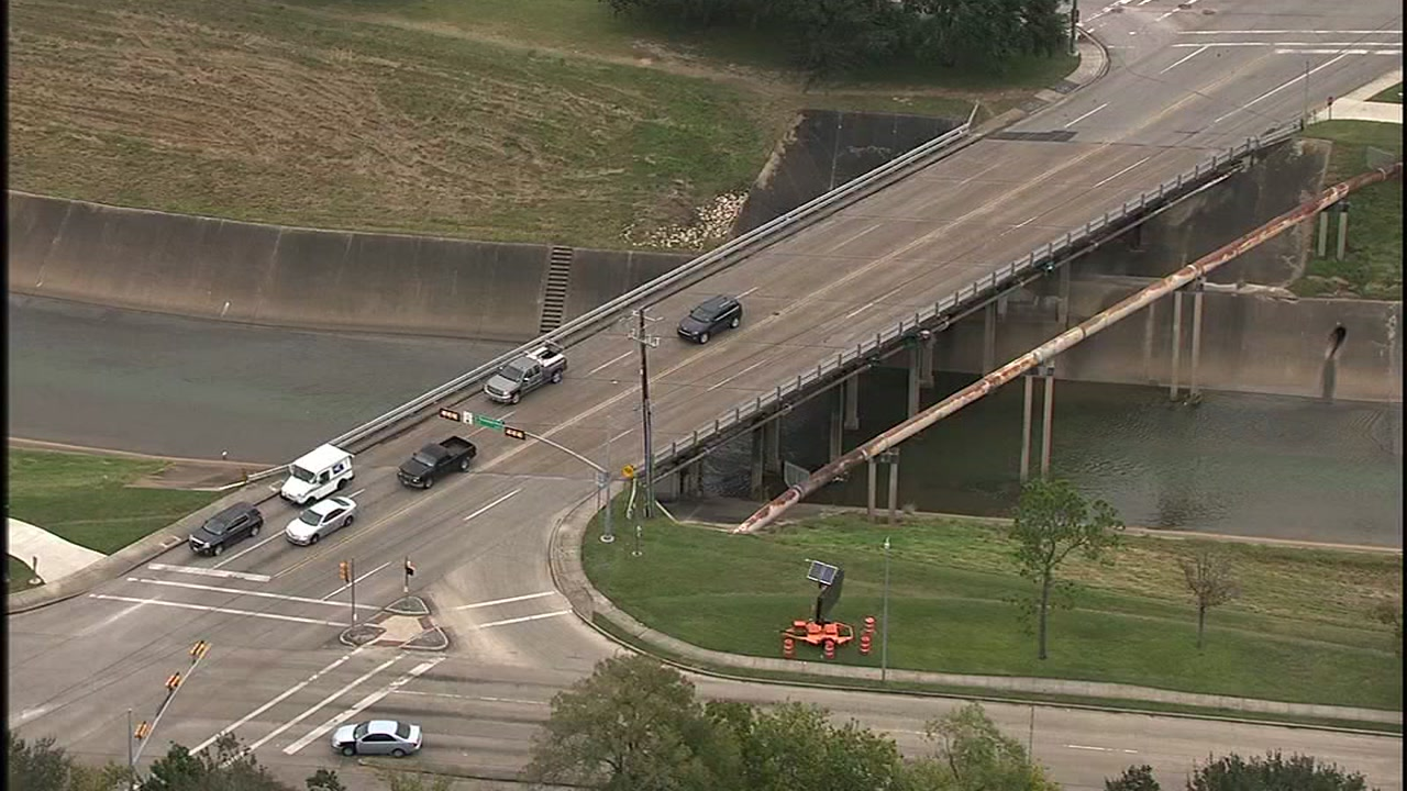 Bridge over Brays Bayou to be demolished and rebuilt in year-long project