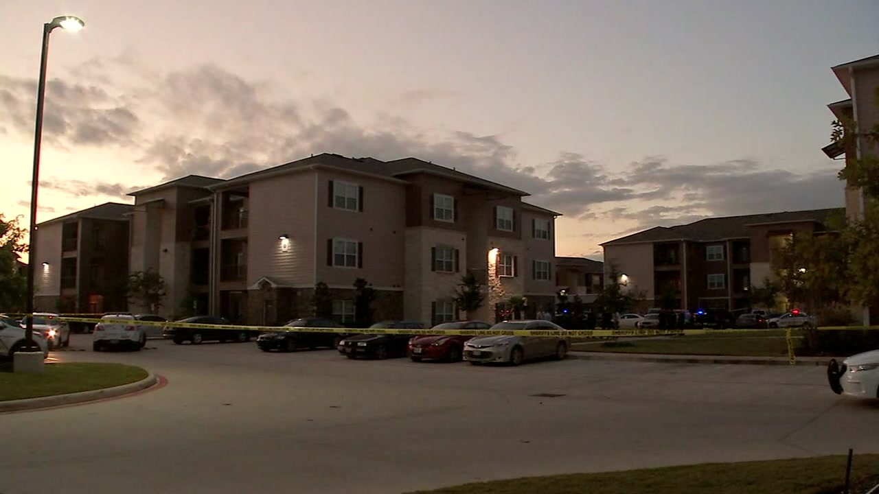 2 would-be robbers reportedly shot and killed in north Harris County