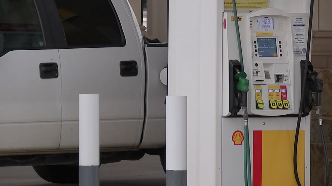ABC13s Steve Campion speaks to two motorists who were recently victimized after innoucuous trips to the pump.