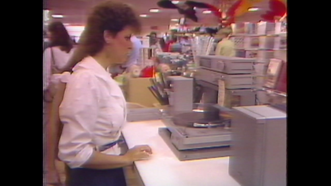 What Black Friday shopping looked like in early 1980s