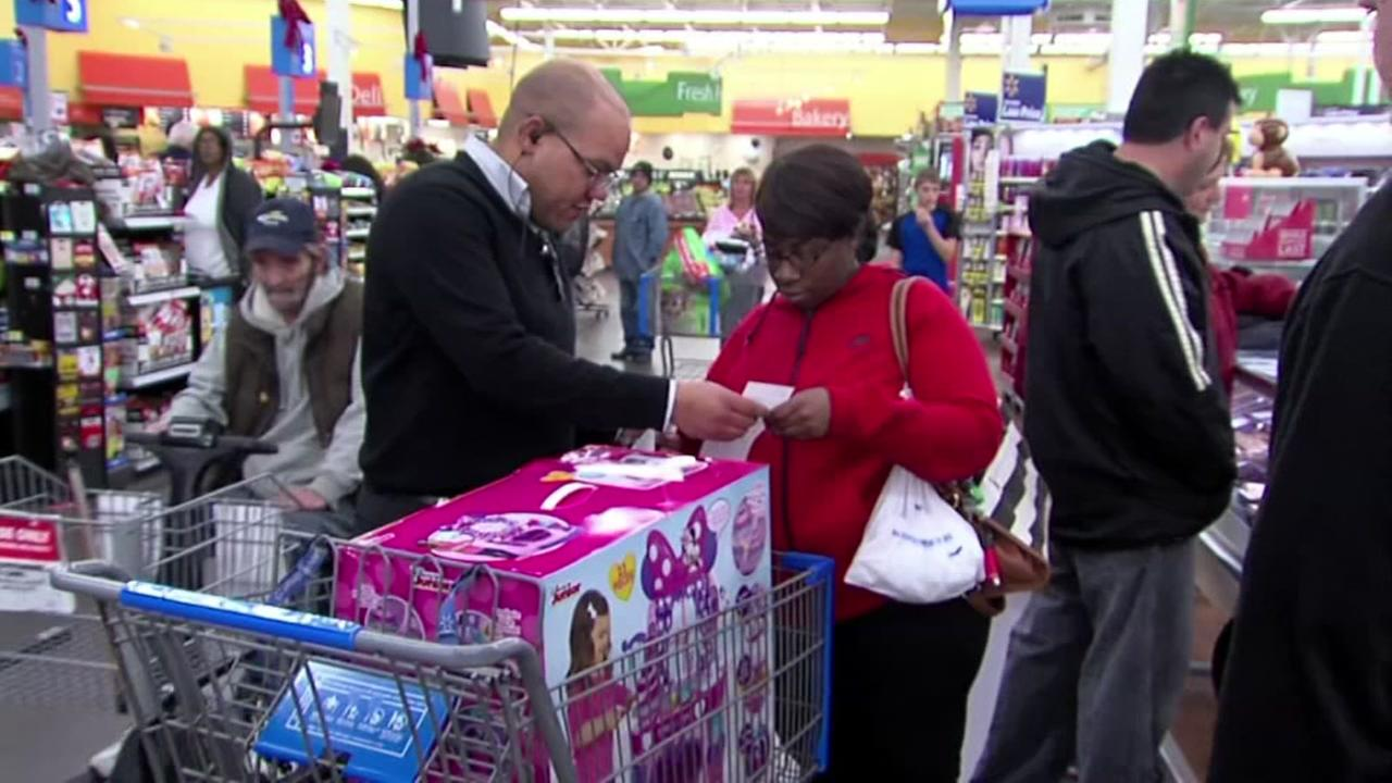 secret santas pay off walmart layaway orders in 3 different states abc11com - Walmart Christmas Layaway
