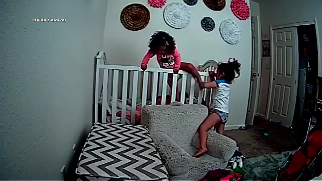 4-year-old helps 2-year-old sister escape crib