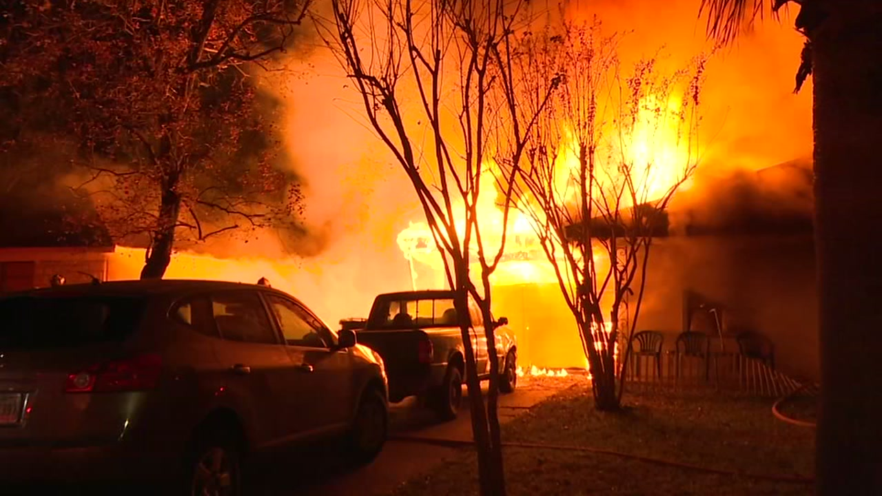 ABC13s Courtney Fischer spoke to a neighbor who helped get everyone out of the house fire.