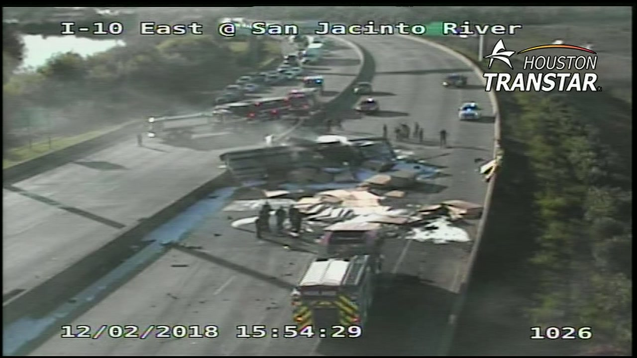 Overturned truck blocking I-10 East at San Jacinto River
