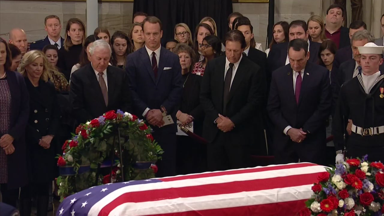 Sports figures, including Peyton Manning and Phil Mickelson, pay respects to Pres. George HW Bush at the U.S. Capitol.