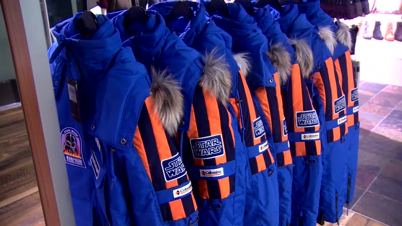 The custom coats are made to look like the ones worn by the crew back in 1979.