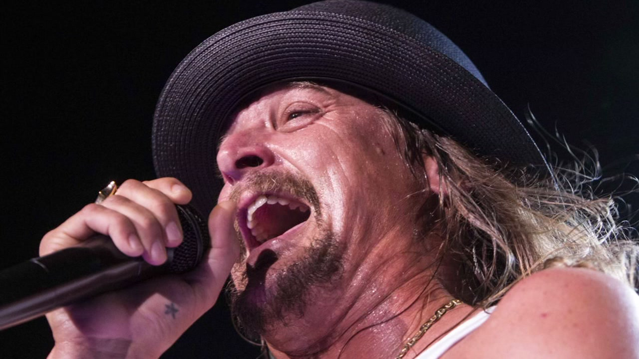 Kid Rock spend $81K on Christmas joy!