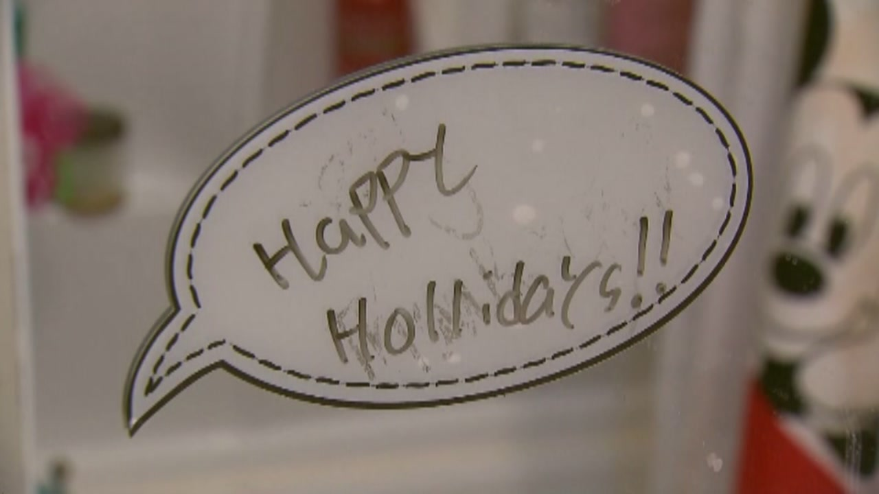 Thieves steal Christmas gifts from family and leave a misspelled message.