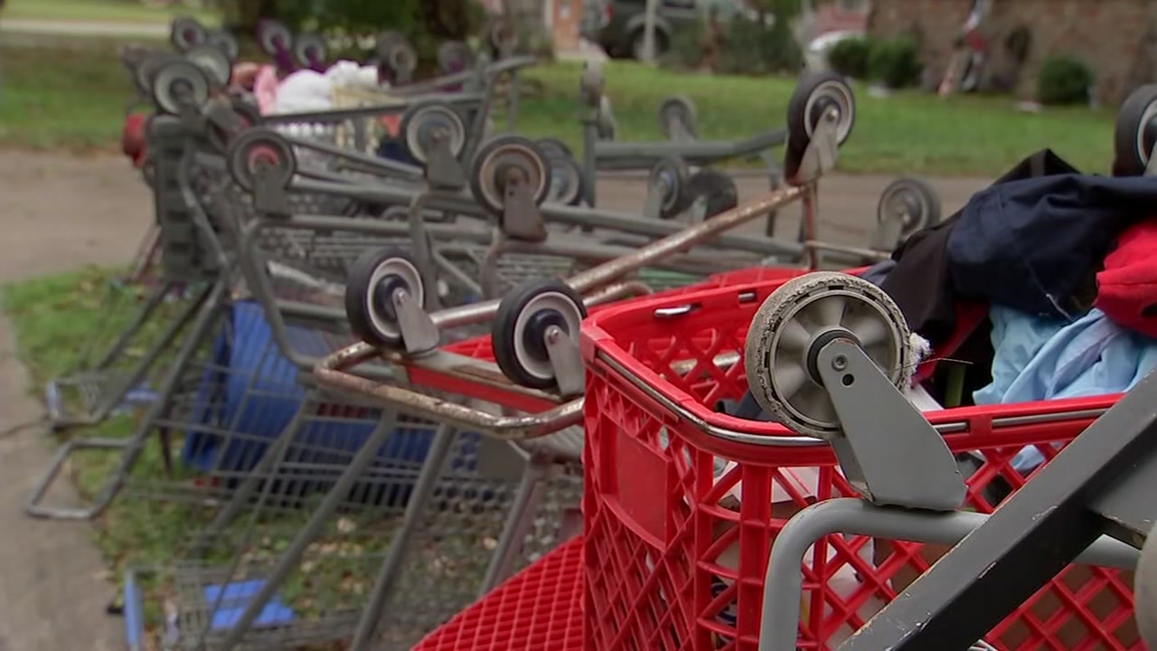 Piles of shopping carts remain problem in southwest Houston neighborhoods