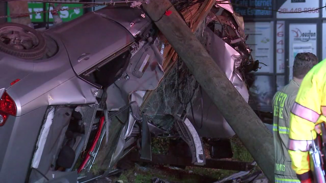 Suspected DUI driver splits car in half after crashing into pole