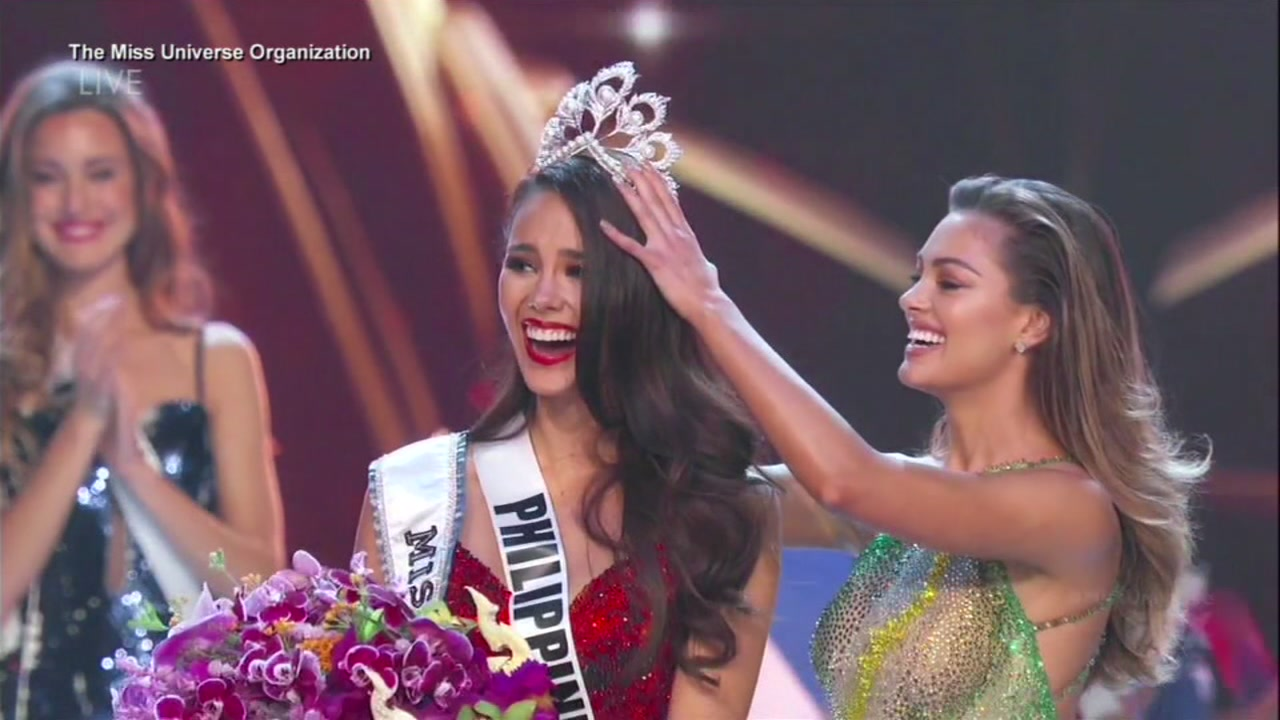 Catriona Gray wore a sparkling red dress that she said was inspired by a volcano in the Philippines.