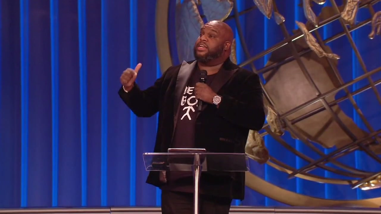 Pastor John Gray returns to Houston to preach at Lakewood Church after Lamborghini backlash