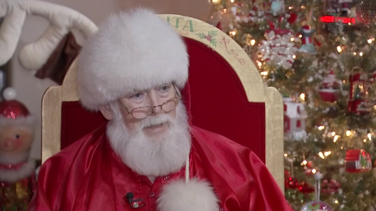 Doctors help heal Santa Deryl McKenzie just in time for the holiday.
