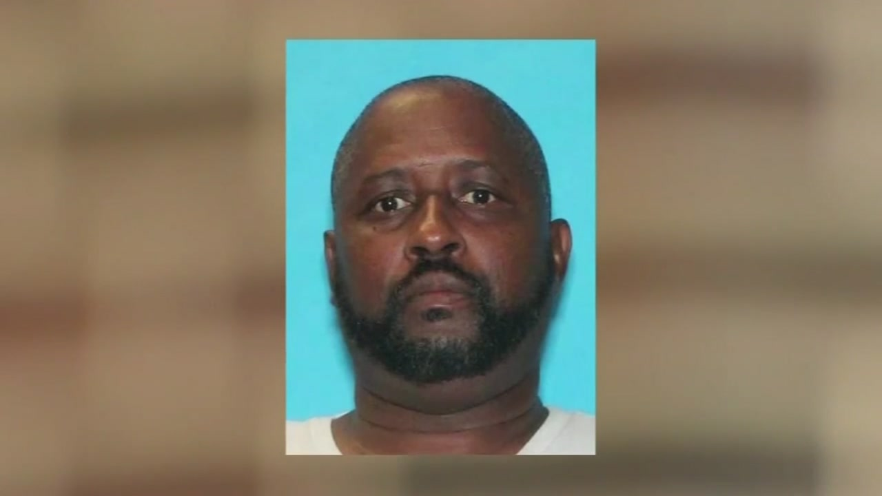 MANHUNT: Estranged husband of Houston woman wanted after body found in ditch